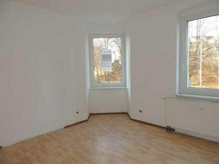 Gut geschnittene 3-Zi. Wohnung mit GARTEN in Zentrumsnähe zu vermieten!