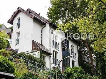 Großzügiges Einfamilienhaus im begehrten Treppenviertel - HH-Blankenese
