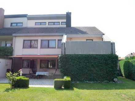 NEU *** Großzügige und helle Architekten-Doppelhaushälfte mit großem Garten in Thon