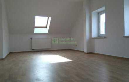 2-Raum Wohnung DG südlich von Bautzen zu vermieten.