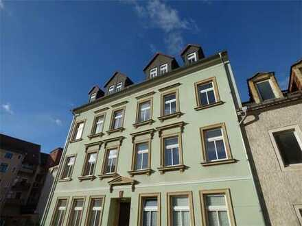 Geräumige 4-Zimmer-Wohnung in ruhiger Seitenstraße