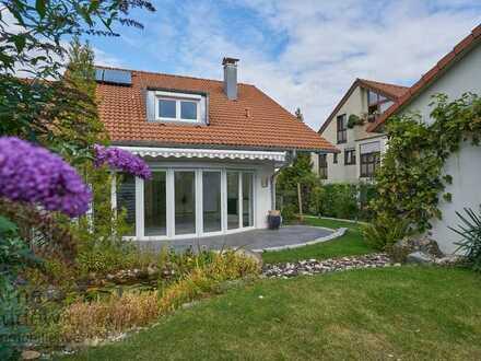 Ruhige Doppelhaushälfte mit gehobener Ausstattung mit Garten und Wellnessbereich