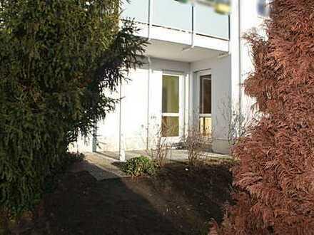 schicke 2,5 Zi. Maisonettewohnung mit Terrasse, kl. Gartenanteil & Stellplatz am Weiher