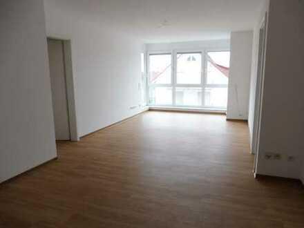 Helle 3 Zimmerwohnung mit drei Balkonen