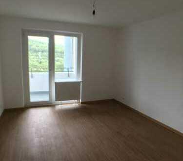 Ideal für junge Familien - top sanierte 3-Zimmerwohnung mit Balkon - Turmhäuser Grevenbroich!