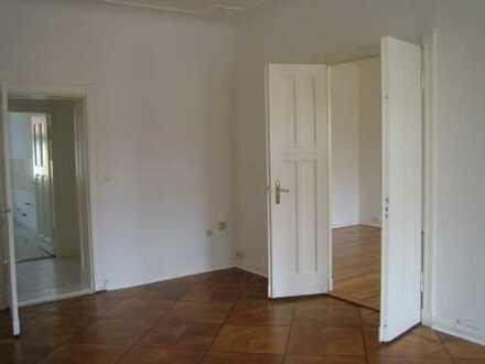 3-Zimmer Altbauwohnung direkt am Stadtpark Steglitz (BEFRISTET bis: 31.03.2022)