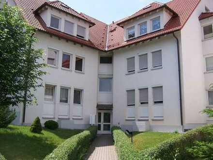 Gemütliche 2 Raum Wohnung Maissonette im Dachgeschoss mit Balkon
