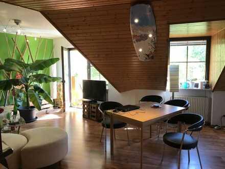Attraktive 2-Zimmer-Wohnung mit Balkon und EBK in Würzburg
