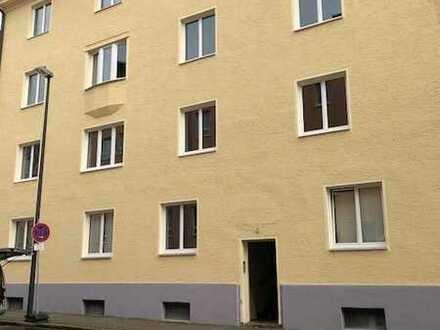 Großzügige 5-Zimmer-Wohnung mit EBK Nähe Klinikum