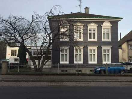 Repräsentative Bergische Villa als Bürogebäude zu vermieten