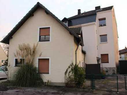 Mehrgenerationshaus auf 2 Etagen mit Terasse und seperaten Hauseingang