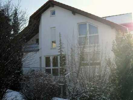 69469 Weinheim,(OT) v. privat: DHH in ruhiger Panoramalage, gr. Garten, 6Zi, Garage, 2 Stellpl.