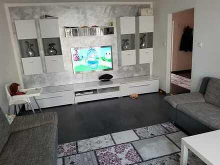 Stilvolle, vollmöblierte 3-Zimmer-Wohnung mit Balkon und Einbauküche in Waiblingen