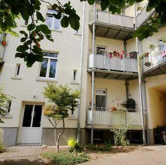 2-Raumwohnung mit Balkon +++ Erdgeschoss +++