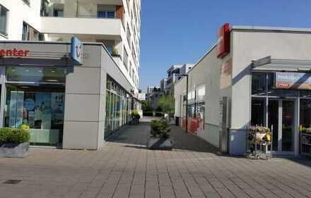 Goltsteinforum- schickes freies Ladenlokal mit großer Fensterfront