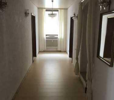 450 €, 80 m², 2 Zimmer