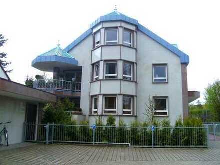 Extravagante 6-Zimmer-Wohnung mit Terrasse und Balkon in Fürth