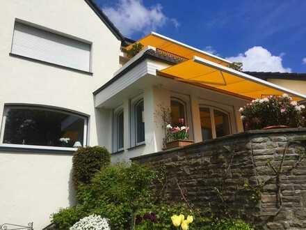 Gepflegte 6-Zimmer-Villa mit Einbauküche in Velbert, Velbert