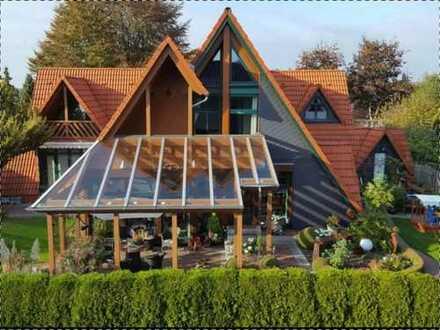 Modernisiertes Einfamilienhaus mit ELW in Sandkrug/Oldenburg