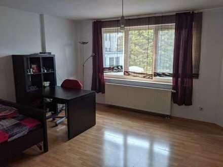 23m² Zimmer in freundlicher 3er WG