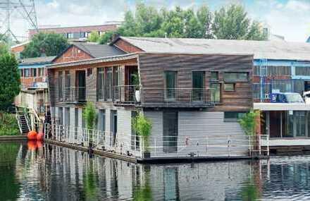 Einzigartiges Hausboot mit individuellen Nutzungsoptionen zum Kauf GEWERBEOBJEKT