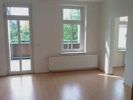 Wunderschöne helle 3-Zimmer-Wohnung mit sehr großem Südbalkon in Stötteritz Nähe Völki -