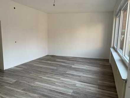570 €, 83 m², 2 Zimmer