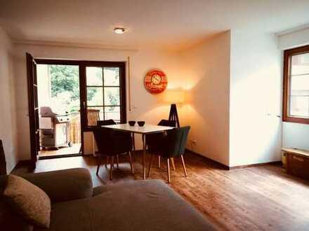 Modernisierte 2,5-Zimmer-Wohnung mit Balkon und EBK in Bad Teinach-Zavelstein