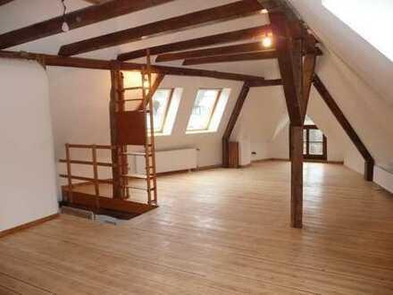 Schwelm-Mitte/Altstadt - 3,5-Raum Loft-Wohnung im historischem Fachwerkhaus