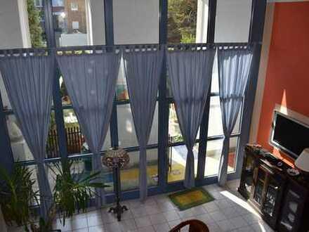Exklusives Mehrfamilienhaus mit Galeriewohnung bis 8 m Fensterfront