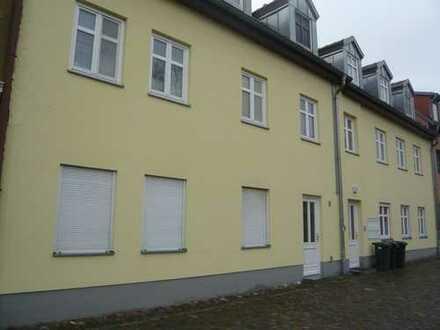 Nauen - charmante 2-Raum Wohnung in zentraler, aber ruhiger Lage
