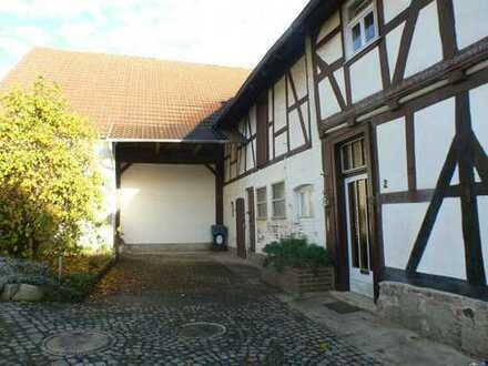 Historisches Fachwerkhaus in gutem Zustand mit viel Potential!!