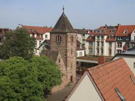 4-Zimmer-DG-Wohnung mit Balkon und Einbauküche in Heidelberg Neunenheim