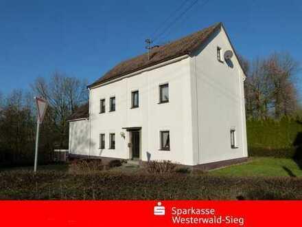 Roth-Oettershagen, Ein-Zweifamilienwohnhaus mit Garten