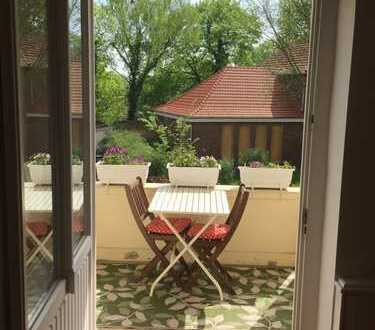 Exklusive 5-Zimmer-Wohnung mit Balkon und EBK in Potsdam