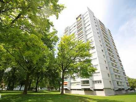 SONNIGE 3-ZIMMER-WOHNUNG in Ludwigsfeld barierefrei und mit Sommerfreibad auf dem Dach