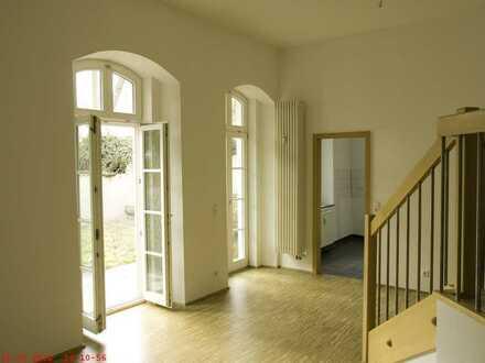 Gepflegte 2-Raum-Erdgeschosswohnung mit Balkon und Einbauküche in Gundelfingen