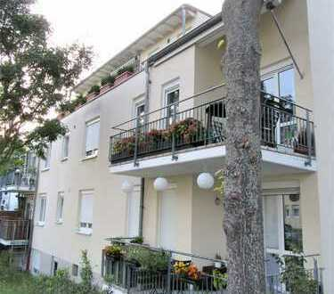 **TOP LAGE! MA-Niederfeld** Großes Apartment+Balkon+EBK+Stellplatz