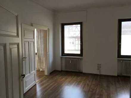 Helle neu sanierte zentrale Wohnung m Ebk. und Balkon: freundliche 3-Zimmer-Wohnung in Waldkirch