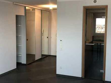 1-Zimmer Luxusapartment mit eigener Sauna mitten in der Kölner City