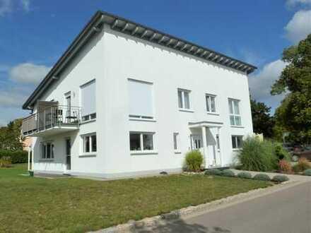 Modernes, exzellendes und individuell geplantes Wohnhaus mit 3 Wohnungen