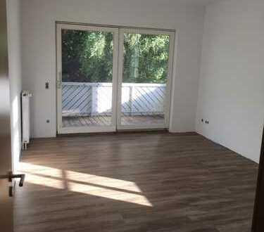 Sonnige drei Zimmer Wohnung mit Balkon und Carport in Oldenburg