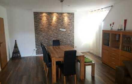 Geräumige 3-Zimmer-Wohnung mit begehbarem Kleiderschrank und EBK