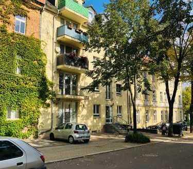 Interessantes Wohn-Geschäftshaus in Merseburg, mit Balkonen + Stellplätzen!
