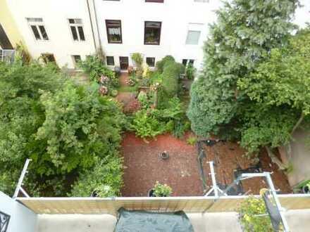 *** Ansprechende und top renovierte 2 Zimmer mit Balkon u. EBK in Bremen-Findorff ***