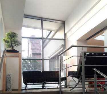 Individuelle Loftwohnung in ruhiger Wohnanlage