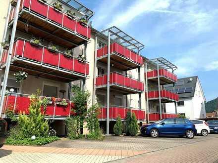 +++ gepflegte 3-Zimmer-Wohnung mit Balkon und Stellplatz in Hausach +++