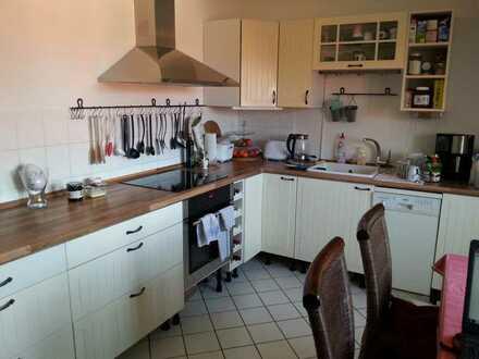 Tolles Maisonette-Zimmer in großer Wohnung am westl. Rand von DD frei
