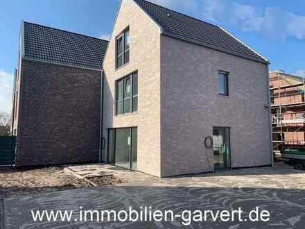 Vermietung - Neubau Doppelhaushälfte mit Terrasse und Garten in ruhiger, zentraler Lage von Raesfeld