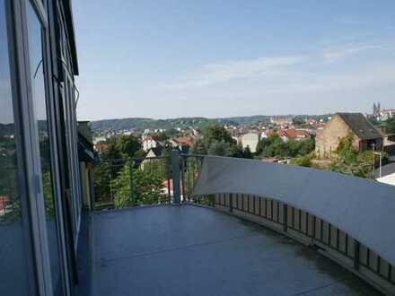Luxus-Maisonette mit Kaminofen, 2 Balkonen, Garten und Traumblick